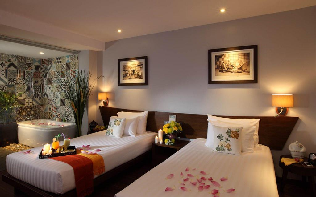 Deluxe Double or Twin Room without Window